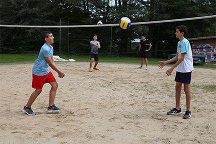 YCC_volleyball_badminton_05